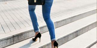 Como caminar con zapatos de tacon