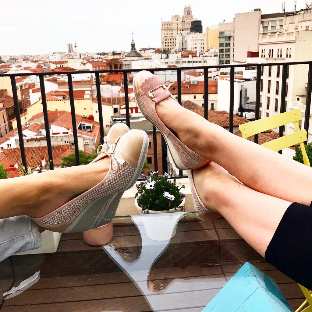 Te damos cinco razones de peso para que pruebes el uso de plantillas en tus zapatos.
